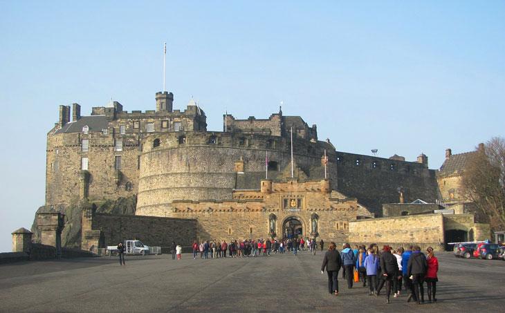 Edinburgh Castle Schottland - Top 10 Sehenswürdigkeiten Schottlands